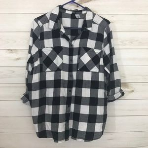 DIVIDED Plaid Button Down ¾ Sleeve Shirt